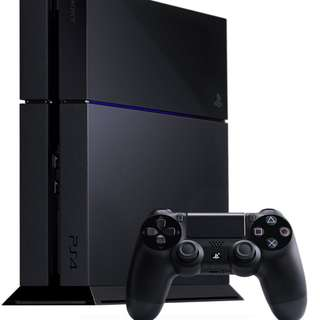 PlayStation 4 500GB Jet Black Console (PS4) with DUALSHOCK Controller