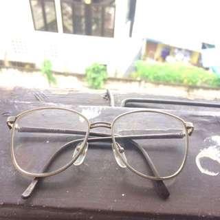 REPRICE kacamata jadul / vintage