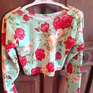 Floral Cropped Long Sleeves Top