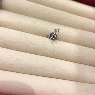 Mabelle 出品18K 白金 鑽石 單隻耳環