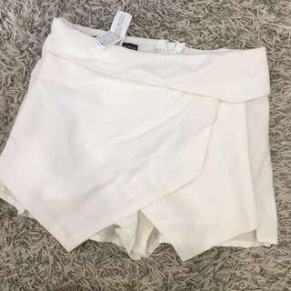 Replica Zara Woman Shorts size 6