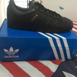 Adidas Gazelle Triple Black Super Mulus