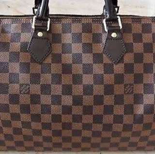 Louis Vuitton Speedy Damier size 35,almost new.