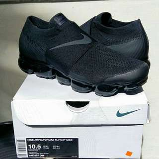 Brand New Nike Air Vapormax Flyknit MOC Triple Black