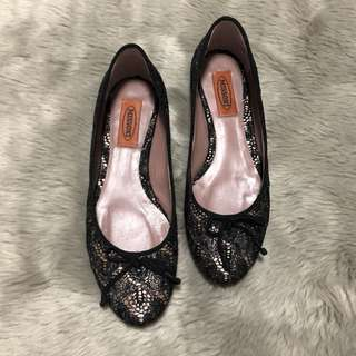 MISSONI Lace Overlay Ballet Flats with Bow Detail