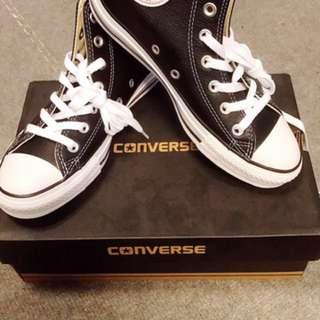 便宜!全新Converse 籃球運動鞋