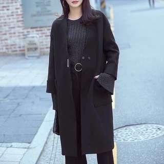 🚚 30%羊毛大衣 金屬環扣V字無領毛呢西裝外套通勤OL 黑色素面百搭休閒全新
