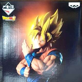 Dragoball kuji A prize Super Saiyan Goku