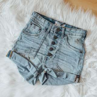 one x One Teaspoon - Denim Shorts ✧ Tara Milk Tea