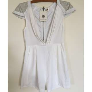 NWT Playsuit size 8 white and silver