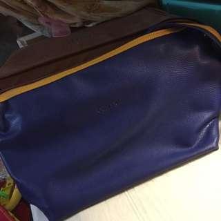 CUMAR 側背包