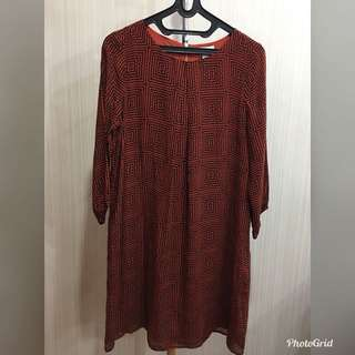 Dress maroon garis hitam