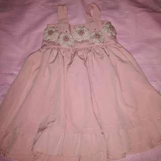 Preloved dress ( Used once )