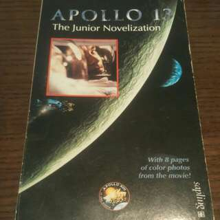 Apollo 13: Junior Novelisation Paperback  By (author)  Jim Lovell , By (author)  Jeffrey Kluger , Volume editor  Dina Anastasio