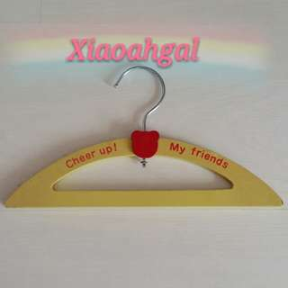 🔴SALES $9.90 ➡ $5.90 to MY FOLLOWERS only!🔴👗AUTHENTIC BRAND NEW👗 Cheer Up Yellow hanger! (Blogger tke pics/Kids hang clothes&uniform/Good For Boutique/online Shop/Wedding Gown take Pics) No Pet No Smoker Clean House