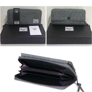 Herschel Wallet with box