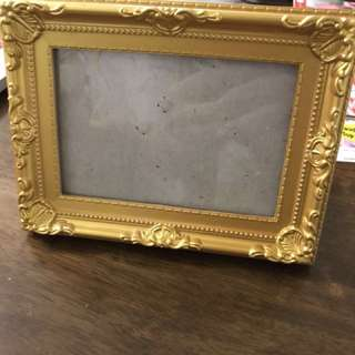 Wedding Photo Frames (3 gold and 1 white) $2 each!