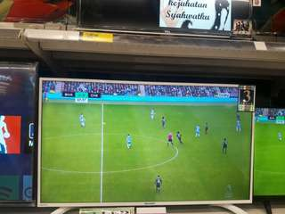 Cicil Sharp Led TV LC40LE185IWH Gratis 1 Angsuran*