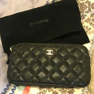Chanel clutch with chain 98%新