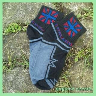 Kaos kaki motif bendera inggris
