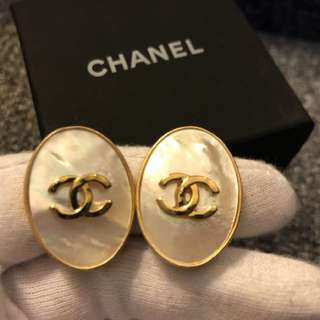 Vintage Coco Chanel shell clip on earrings 1996