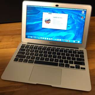 Apple MacBook Air 11 inch (Early 2014) 1.4GHz Intel Core i5