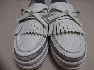 【休閒鞋】白色可愛懶人鞋