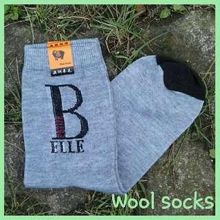 Kaos kaki wool