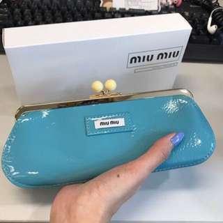 Miu MiuPouch 啪啪鈕小袋 clutch bag