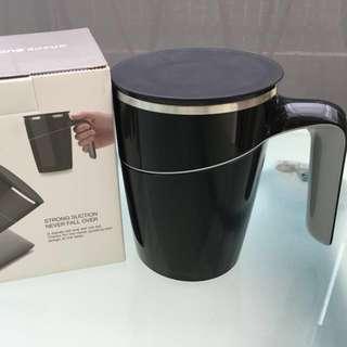 Sleek black Grace suction mug. New!