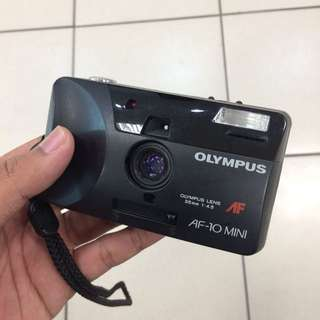 Olympus AF-10 Mini Film Camera