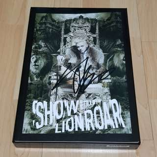 Show Luo Lion Roar (罗志祥 狮子吼) album with signature