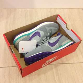 🆕 Nike Internationalist shoes