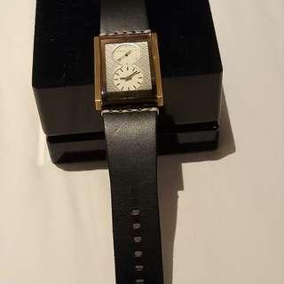 Jam tangan massimo dutti