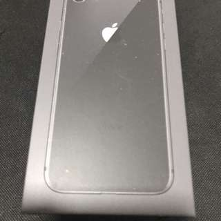 IPhone 8 64GB box