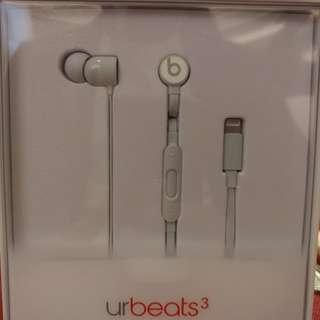 urBeats3 Earphones with Lightning