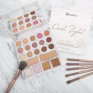 Carli Bybel Deluxe Eyeshadow and Highlighter Palette