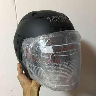 TRAX TR06RR Matte Black Helmet