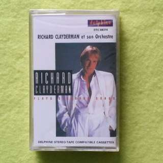 Sealed.RICHARD CLAYDERMAN. plays standard songs. Cassette tape not vinyl record