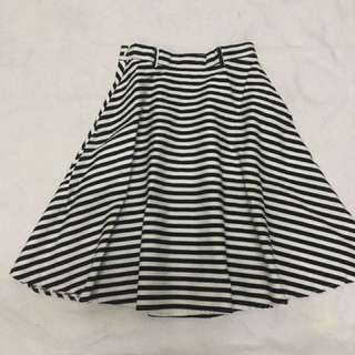 Stripe Women Skirt with pocket on Both sides