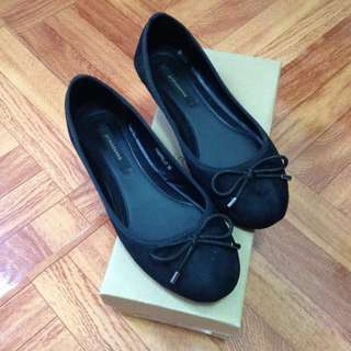 Primadonna Black Flats