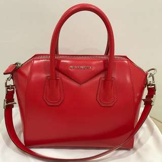 Givency Antigona Small
