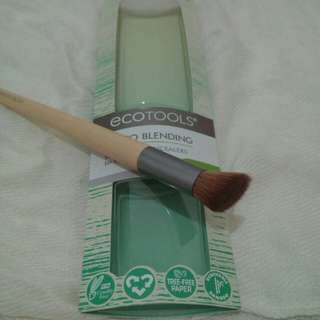 Ecotools blending brush