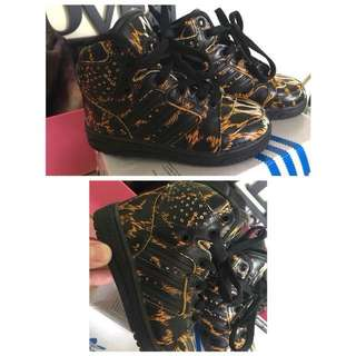 ADIDAS JEREMY SCOTT/INC POS
