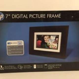 "HP 7"" Digital Picture Frame df730b1"