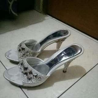 Sepatu cwe