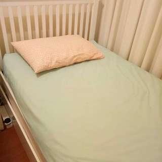 Single size Sealy used mattress