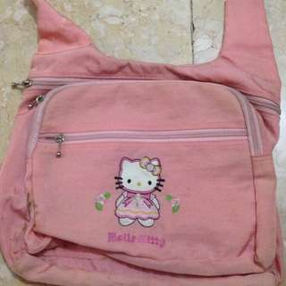 Hello Kitty Body Bag
