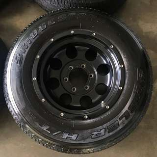 Rim 4x4 Mickey Thompson 16 inch with tyre