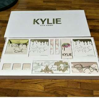 (PO) Kylie Vacation Set